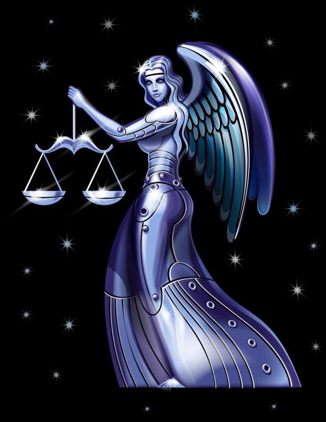 Femme balance bleu